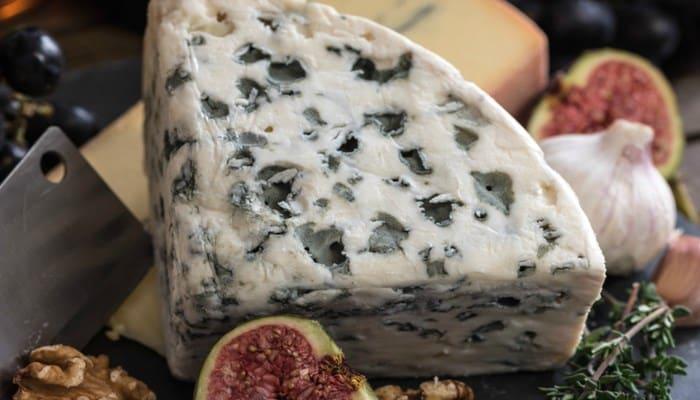 Variedades de quesos argentinos que son de estilo francés