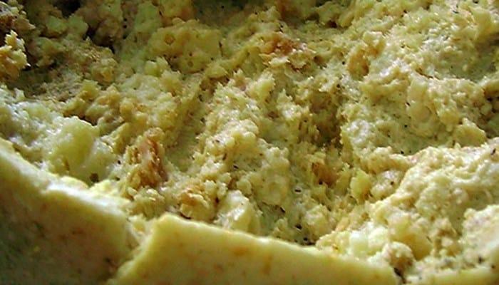 Metamorfosis de las larvas localizadas en el queso Marzu
